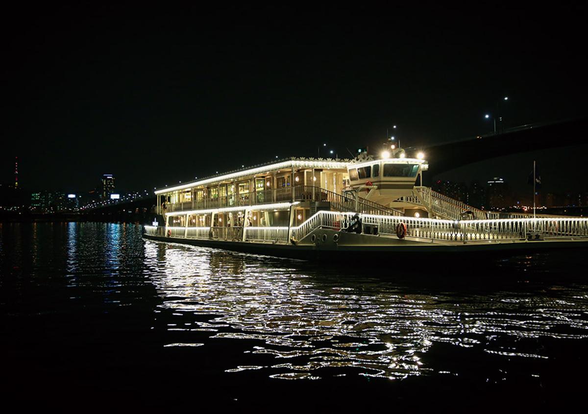 481b0e0e-940-Eland-Cruise4